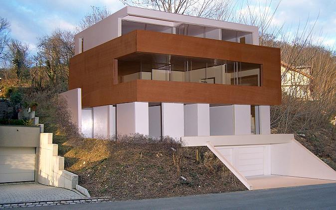 wohnhaus nussloch wohnen am hang. Black Bedroom Furniture Sets. Home Design Ideas