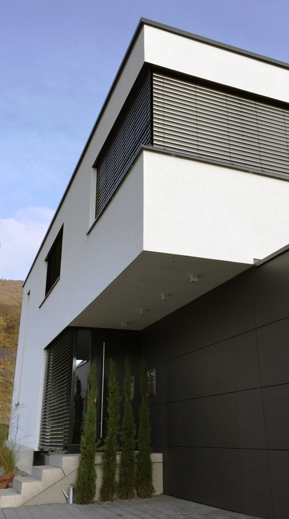 Wohnhaus neckargem nd kein flachdach for Wohnhaus bauen